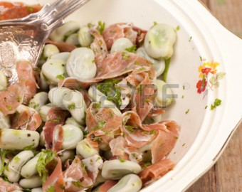 Pasta, ham and broad bean salad