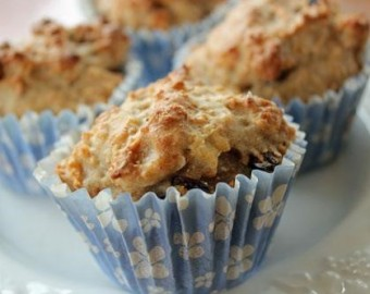 Apple and sultana muffin