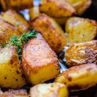 Crisp and fluffy roast potatoes